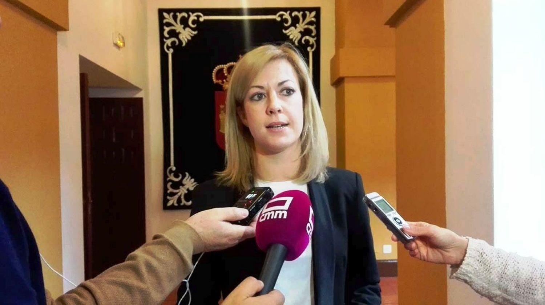 """Abengózar: """"Con García-Page hay 3.172 personas menos en listas de espera en Tomelloso, el hospital abrirá la planta cerrada y pronto tendrá un nuevo centro de salud"""""""